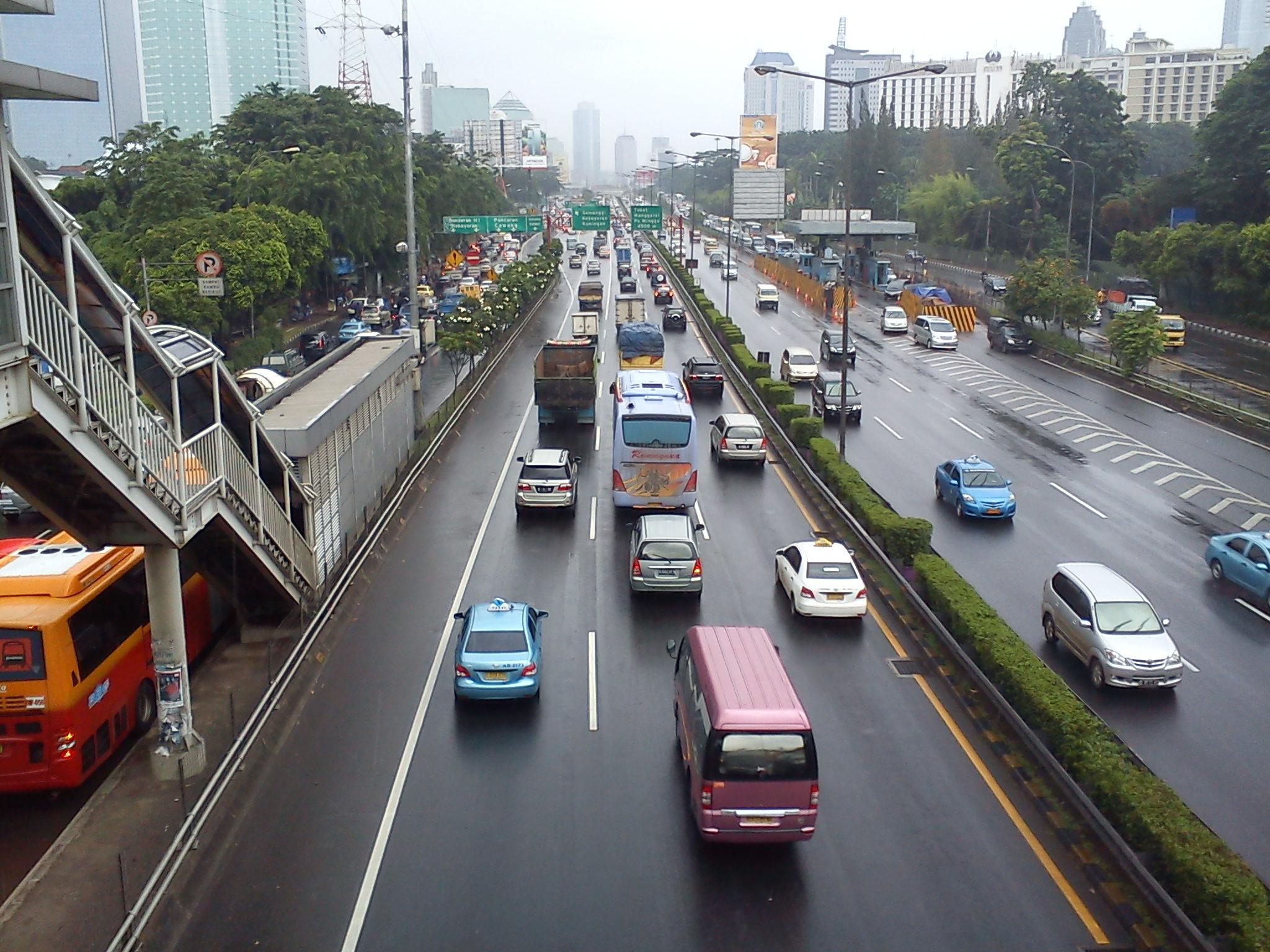Kết quả hình ảnh cho MRT in jakarta to reduce traffic jams
